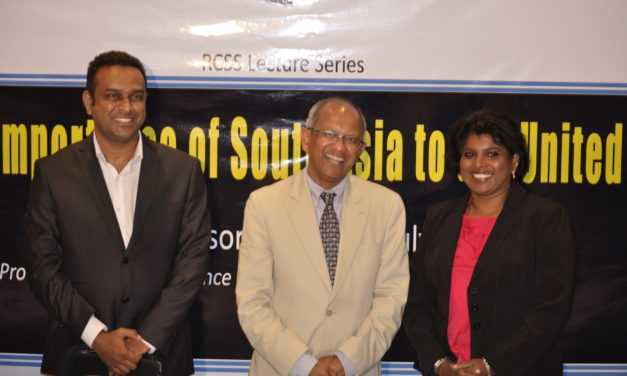Renowned American Scholar Professor Ganguly talks in Colombo